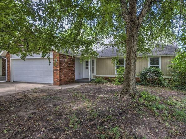 3 bed 2 bath Single Family at 916 S Lions Ave Broken Arrow, OK, 74012 is for sale at 129k - 1 of 31