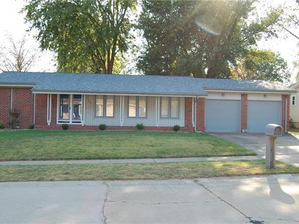 3 bed 3 bath Single Family at 2254 BLUE HERON DR FLORISSANT, MO, 63031 is for sale at 120k - 1 of 18