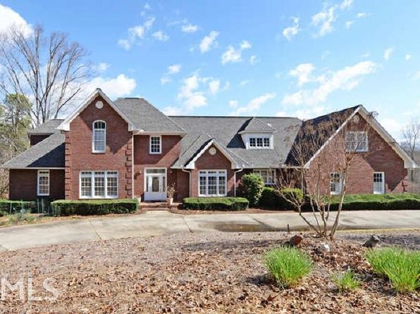 5 bed 7 bath Single Family at 135 Winter Ct Clarkesville, GA, null is for sale at 899k - 1 of 17