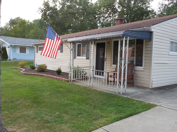 3 bed 2 bath Single Family at 7759 Crestwood Ln Northfield, OH, 44067 is for sale at 159k - 1 of 21