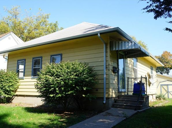 2 bed 1 bath Single Family at 614 4th St Perry, IA, 50220 is for sale at 40k - 1 of 10
