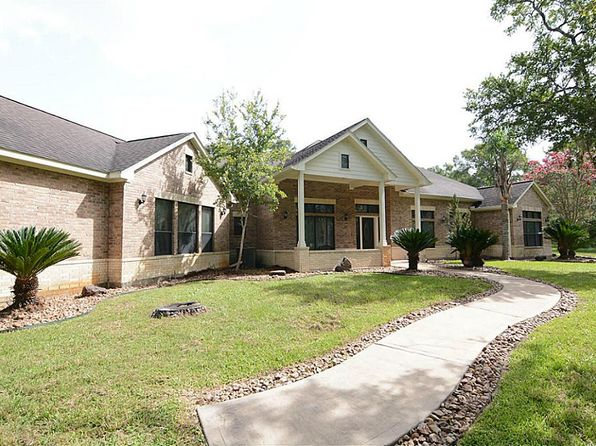 4 bed 4 bath Single Family at 20902 Lake View Rd Damon, TX, 77430 is for sale at 550k - 1 of 24