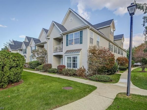 2 bed 2 bath Condo at 148 Cambridge Ct Clifton, NJ, 07014 is for sale at 306k - 1 of 18