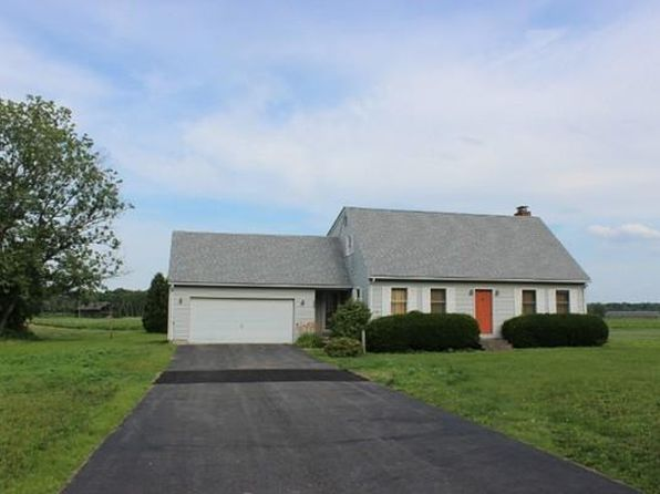 3 bed 1.5 bath Single Family at 500 Hadley Rd Sunderland, MA, 01375 is for sale at 299k - 1 of 20