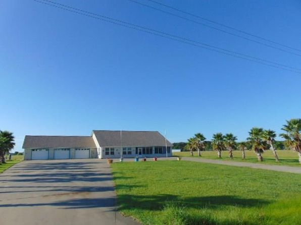 3 bed 3 bath Single Family at 5118 County Road 286 Chambliss Blank NE Sargent, TX, 77414 is for sale at 299k - 1 of 31