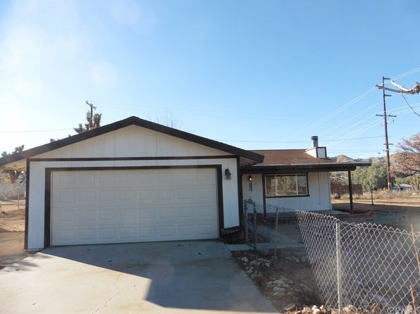2 bed 2 bath Single Family at 7708 MARIPOSA TRL YUCCA VALLEY, CA, 92284 is for sale at 142k - 1 of 13
