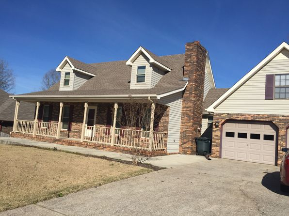 3 bed 3 bath Single Family at 212 Oakview St Florence, AL, 35633 is for sale at 160k - 1 of 7