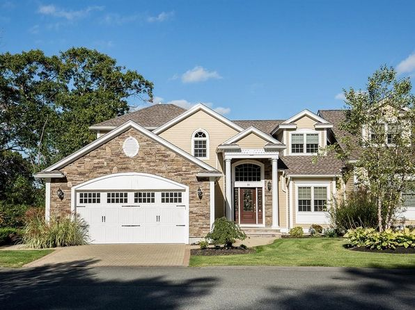 3 bed 4 bath Condo at 10 Callaway Dr Middleton, MA, 01949 is for sale at 925k - 1 of 30