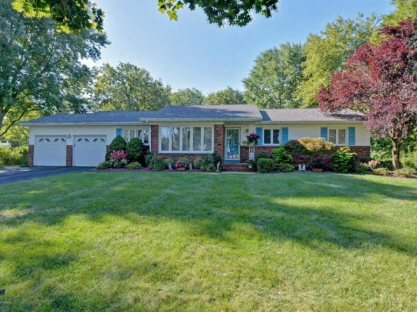 4 bed 2.5 bath Single Family at 41 Kings Way Freehold, NJ, 07728 is for sale at 499k - 1 of 33