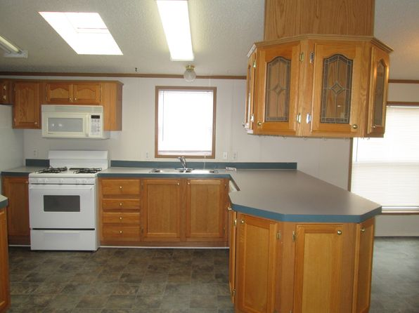 3 bed 2 bath Mobile / Manufactured at 43435 Park Dr E Clinton Twp, MI, 48036 is for sale at 27k - 1 of 18