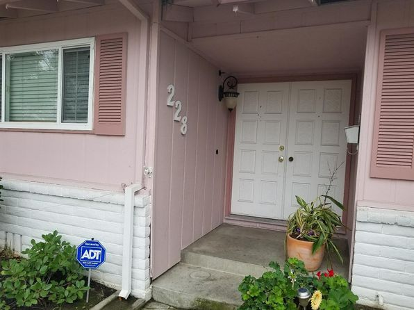 5 bed 3 bath Single Family at 228 E Glencannon St Stockton, CA, 95210 is for sale at 265k - 1 of 17