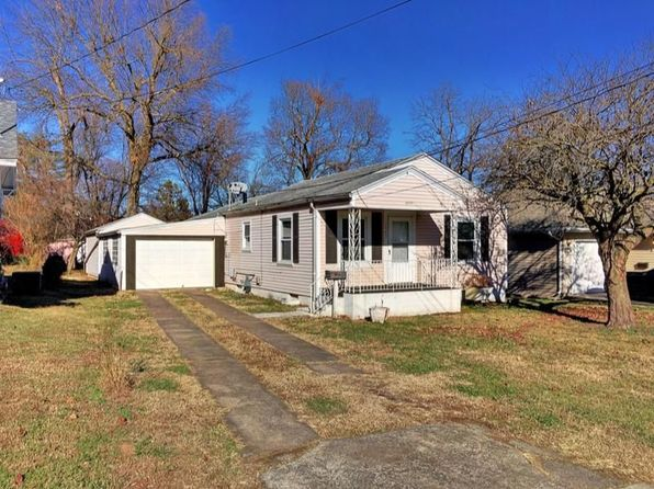 3 bed 2 bath Single Family at 1907 W Elm St Springfield, MO, 65806 is for sale at 75k - 1 of 30