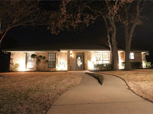 4 bed 2 bath Single Family at 333 Big Elm St Lewisville, TX, 75077 is for sale at 345k - 1 of 33