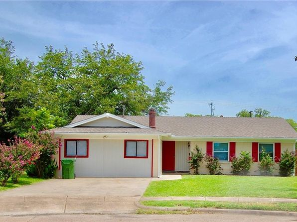 3 bed 2 bath Single Family at 4934 Pinehurst Dr Garland, TX, 75043 is for sale at 190k - 1 of 24
