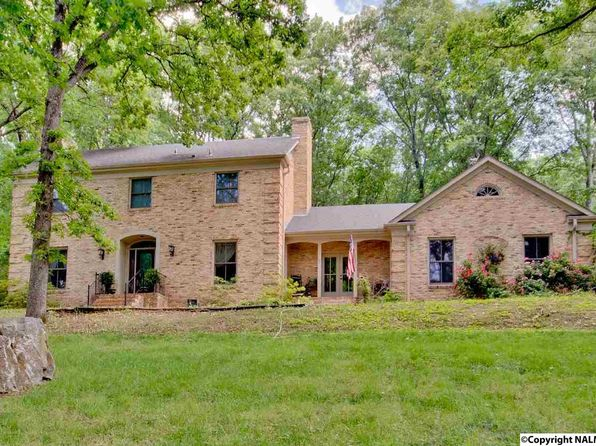 5 bed 2.75 bath Single Family at 1209 Deborah Dr SE Huntsville, AL, 35801 is for sale at 349k - 1 of 44