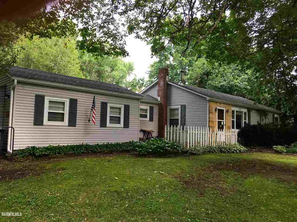 2 bed 1 bath Single Family at 135 N HARRISON CEDARVILLE, IL, 61013 is for sale at 41k - 1 of 17