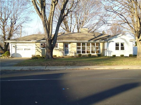 2 bed 2 bath Single Family at 310 E HARMON DR GREENVILLE, OH, 45331 is for sale at 140k - 1 of 35