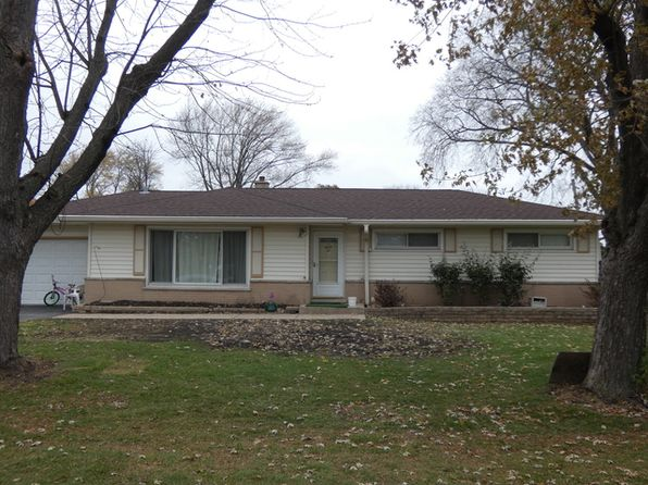 3 bed 2 bath Single Family at 1240 Indian Hill Dr Bensenville, IL, 60106 is for sale at 250k - 1 of 11