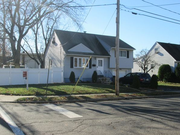 3 bed 2 bath Single Family at 1 Jamros Ter Saddle Brook, NJ, 07663 is for sale at 325k - 1 of 23
