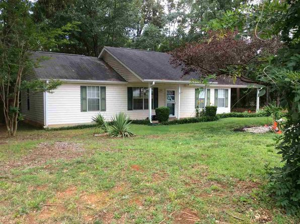 3 bed 2 bath Single Family at 449 E Hayne St Woodruff, SC, 29388 is for sale at 115k - 1 of 20