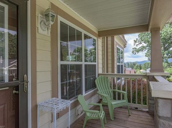 3 bed 2 bath Single Family at 10 Oakcrest Dr Asheville, NC, 28806 is for sale at 230k - 1 of 21