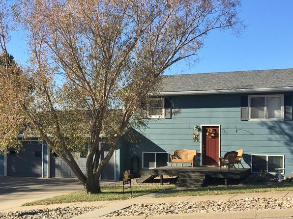 4 bed 2 bath Single Family at 715 N Taylor Ave Pierre, SD, 57501 is for sale at 169k - 1 of 19