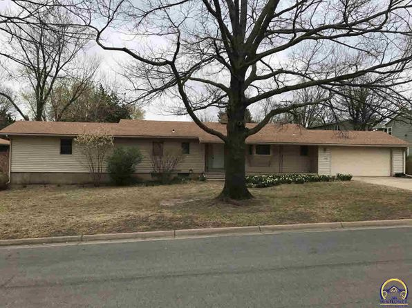 3 bed 3 bath Single Family at 1406 College Dr Emporia, KS, 66801 is for sale at 130k - 1 of 18