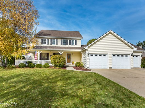 4 bed 3 bath Single Family at 3304 W Bretons Dr McHenry, IL, 60050 is for sale at 260k - 1 of 25