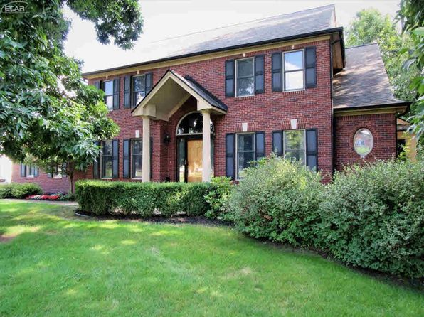 4 bed 5 bath Single Family at 11474 Fawn Valley Trl Fenton, MI, 48430 is for sale at 475k - 1 of 34