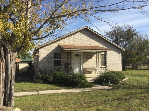 3 bed 1 bath Single Family at 801 S 2ND ST BANGS, TX, 76823 is for sale at 125k - 1 of 15