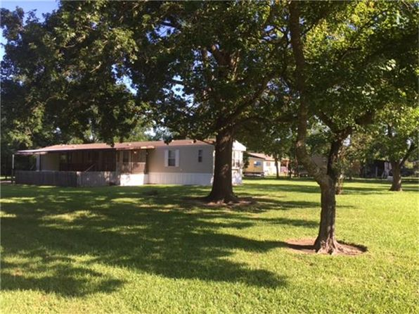 3 bed 2 bath Single Family at 18907 Hamish Rd Tomball, TX, 77377 is for sale at 218k - 1 of 12