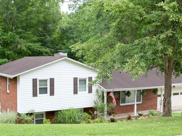 4 bed 2 bath Single Family at 1402 New Castle Rd Charleston, WV, 25314 is for sale at 260k - 1 of 21