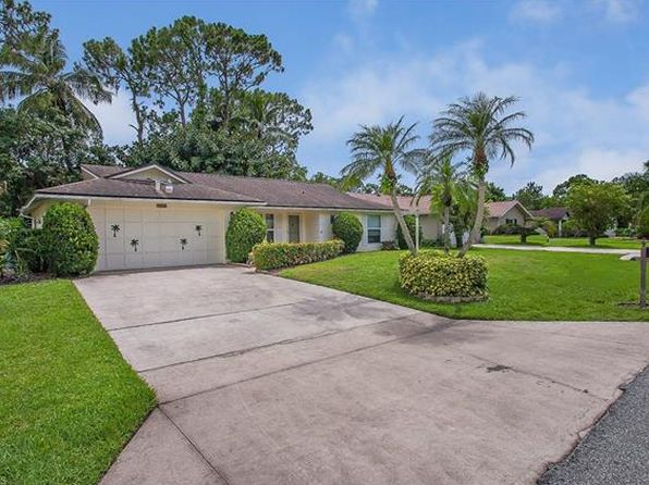 2 bed 2 bath Single Family at 4588 Parrot Ave Naples, FL, 34104 is for sale at 300k - 1 of 15