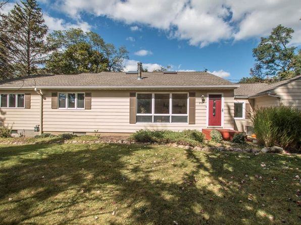 3 bed 2 bath Single Family at 293 Center Rd Hinckley, OH, 44233 is for sale at 265k - 1 of 35