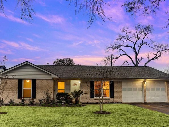 3 bed 2 bath Single Family at 12202 Braewick Dr Houston, TX, 77035 is for sale at 239k - 1 of 22