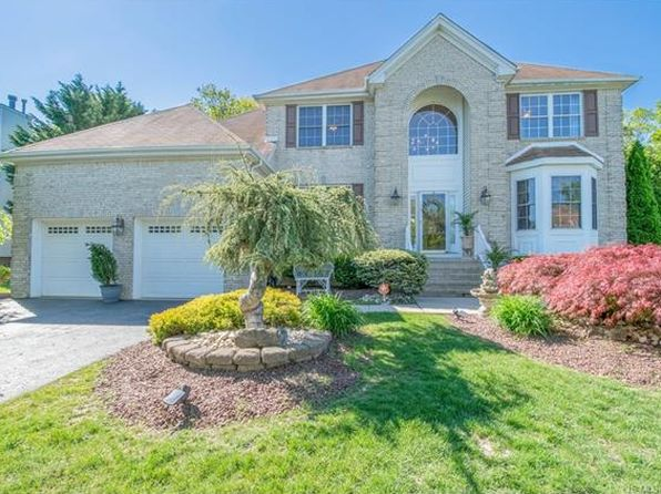 4 bed 3 bath Single Family at 6 Pointe Cir Jackson, NJ, 08527 is for sale at 599k - 1 of 58