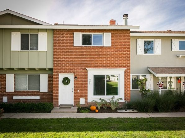 2 bed 2 bath Townhouse at 19846 Lures Ln Huntington Beach, CA, 92646 is for sale at 439k - 1 of 18