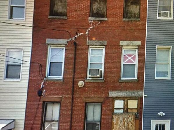 6 bed 3 bath Multi Family at 120 BREMEN ST BOSTON, MA, 02128 is for sale at 500k - google static map