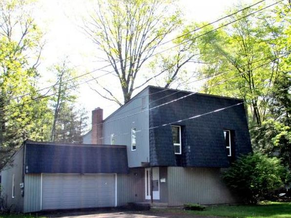 4 bed 2 bath Single Family at 970 Southern Pines Dr Endicott, NY, 13760 is for sale at 120k - 1 of 19