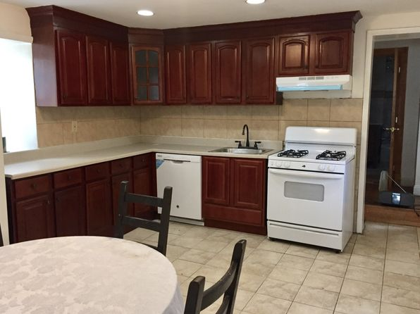4 bed 2 bath Single Family at 167 Roosevelt Ave Staten Island, NY, 10314 is for sale at 630k - 1 of 5