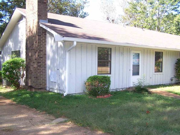 2 bed 1 bath Townhouse at 205 Lindale St Clinton, MS, 39056 is for sale at 80k - 1 of 20