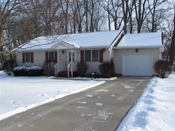 3 bed 2 bath Single Family at 521 Riverside Ct West Liberty, OH, 43357 is for sale at 134k - 1 of 19