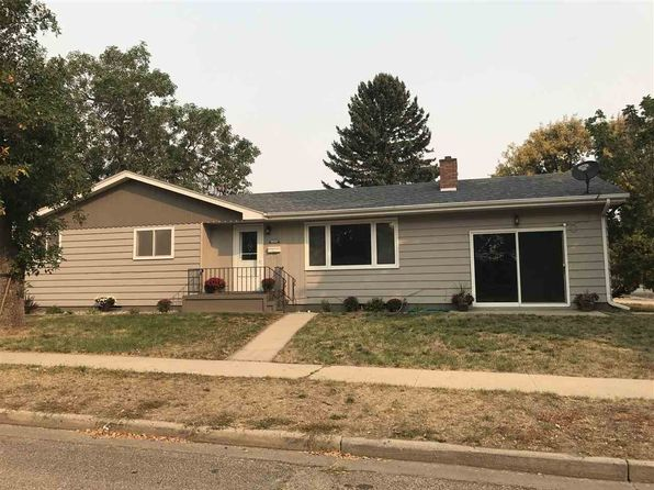 3 bed 3 bath Single Family at 2100 5th Ave NW Minot, ND, 58703 is for sale at 180k - 1 of 10