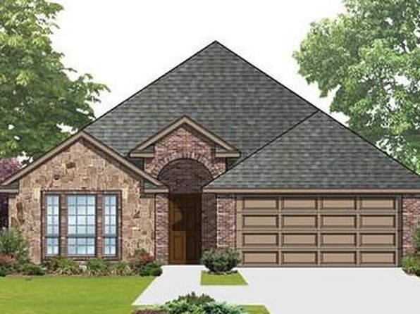 3 bed 2 bath Single Family at 323 Amber Ln Nevada, TX, 75173 is for sale at 270k - 1 of 2