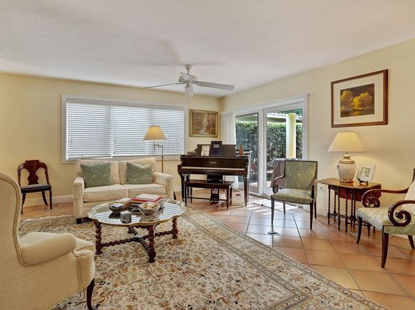 3 bed 2 bath Single Family at 410 Vittorio Ave Coral Gables, FL, 33146 is for sale at 825k - 1 of 23