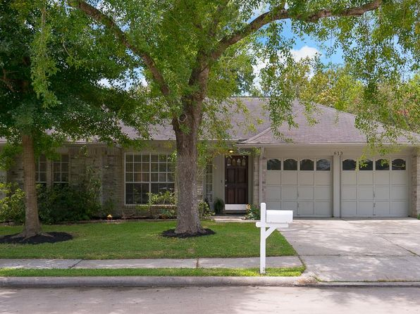 3 bed 2 bath Single Family at 613 Landing Blvd League City, TX, 77573 is for sale at 190k - 1 of 18