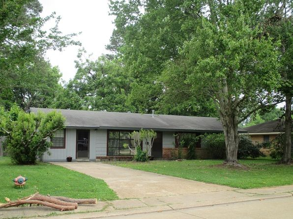 3 bed 2 bath Single Family at 1437 Plantation Dr Alexandria, LA, 71301 is for sale at 112k - 1 of 14