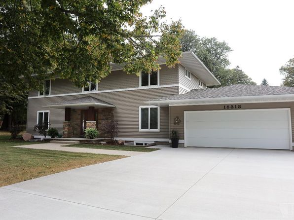 4 bed 4 bath Single Family at 15313 Dodge Ave Clear Lake, IA, 50428 is for sale at 530k - 1 of 24