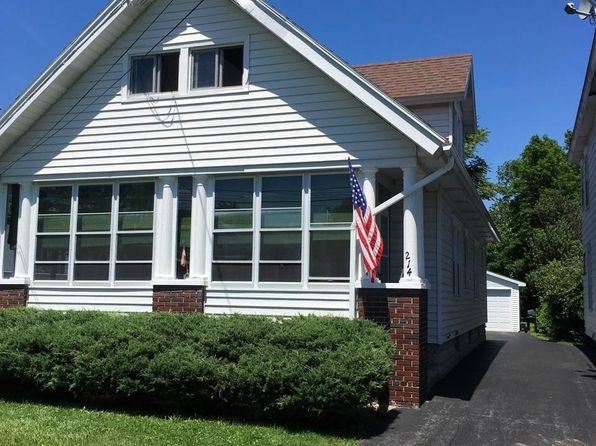 2 bed 1 bath Single Family at 214 Essex St Syracuse, NY, 13204 is for sale at 80k - 1 of 4