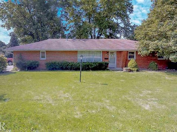 3 bed 2 bath Single Family at 309 E School St Le Roy, IL, 61752 is for sale at 125k - 1 of 27